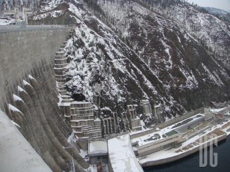 Кадр 1 с гребня Саяно-Шушенской ГЭС